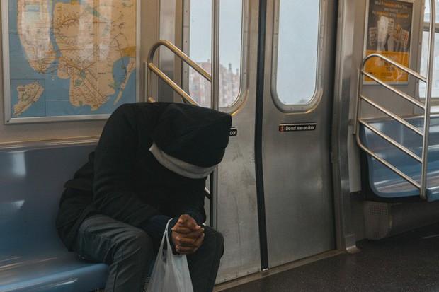8 lầm tưởng về giấc ngủ có thể gây hại cho sức khoẻ của bạn - Ảnh 1.