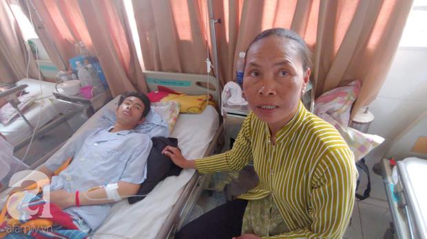 Bế tắc vì cảnh nghèo, con trai uống thuốc trừ sâu tự tử khiến người mẹ rụng rời tìm tiền cứu chữa - Ảnh 1.