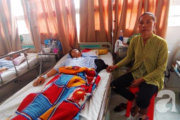 Bế tắc vì cảnh nghèo, con trai uống thuốc trừ sâu tự tử khiến người mẹ rụng rời tìm tiền cứu chữa - Ảnh 6.