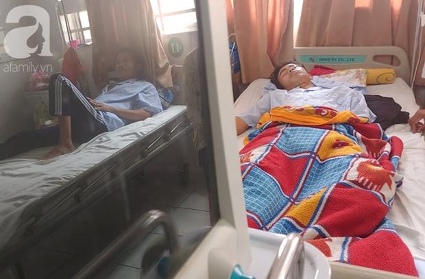 Bế tắc vì cảnh nghèo, con trai uống thuốc trừ sâu tự tử khiến người mẹ rụng rời tìm tiền cứu chữa - Ảnh 8.