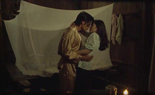 Tiếng sét trong mưa: Trọn bộ cảnh con trai Thị Bình ngủ với em gái, còn sốc hơn màn ân ái 18+ cùng mẹ kế - Ảnh 11.