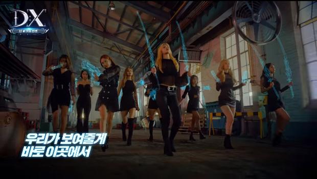 Các cô gái gợi cảm của Twice bất ngờ hóa thân thành nữ chiến binh siêu ngầu trong tựa game DX - Ảnh 2.
