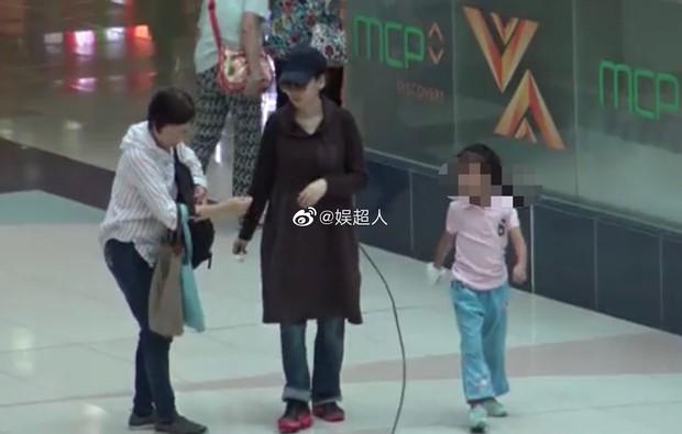 Hoa hậu chuyên săn đại gia Dương Tư Kỳ tuyên bố mang thai ở tuổi 41 sau thời gian phục vụ quán bar, chup ảnh nóng - Ảnh 6.