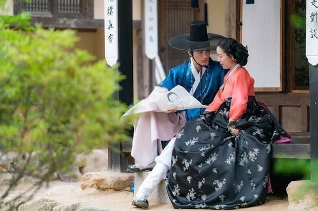 """Anh nào bồ bỏ crush chê, cầm ngay bí kíp """"thả thính"""" của Sạp Mai Mối Thời Joseon bảo đảm ai cũng mê! - Ảnh 7."""