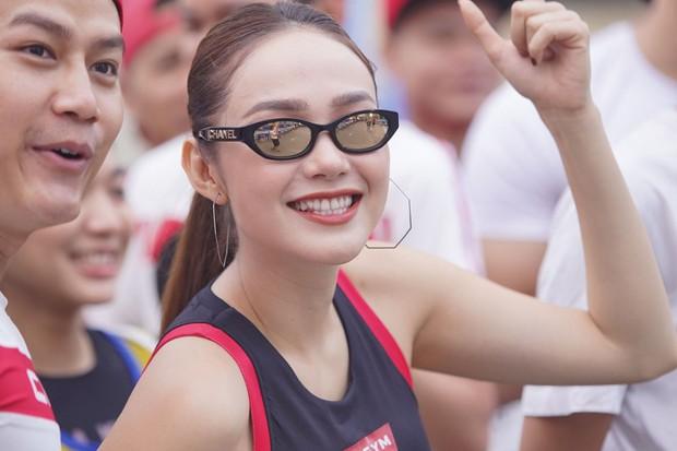 Quốc Anh đấm bóp tình cảm cho MLee, cùng Minh Hằng, Liên Bỉnh Phát... tham gia show Marathon - Ảnh 1.