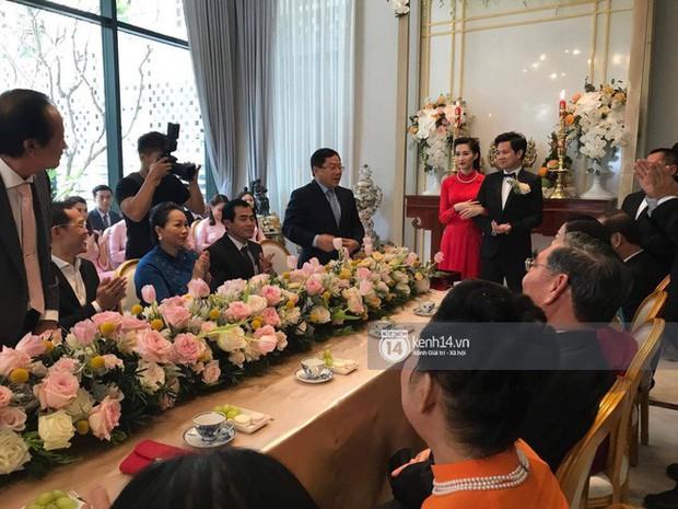 Hồi hộp chờ hôn lễ Đông Nhi - Ông Cao Thắng, điểm lại 5 đám cưới xa hoa nhất Vbiz: Toàn đầu tư tiền tỷ, an ninh thắt chặt tuyệt đối - Ảnh 6.