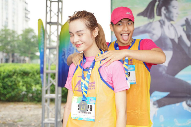 Quốc Anh đấm bóp tình cảm cho MLee, cùng Minh Hằng, Liên Bỉnh Phát... tham gia show Marathon - Ảnh 5.