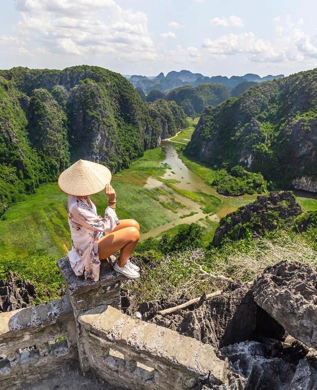 HOT: Vượt qua Thái Lan và Singapore, Việt Nam trở thành điểm đến hàng đầu châu Á năm 2019 - Ảnh 2.