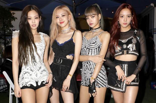 Nhìn lại thành tích nhạc số của các idolgroup năm 2019: Người hâm mộ có đang quá đề cao BTS mà đánh giá thấp những cái tên khác? - Ảnh 19.