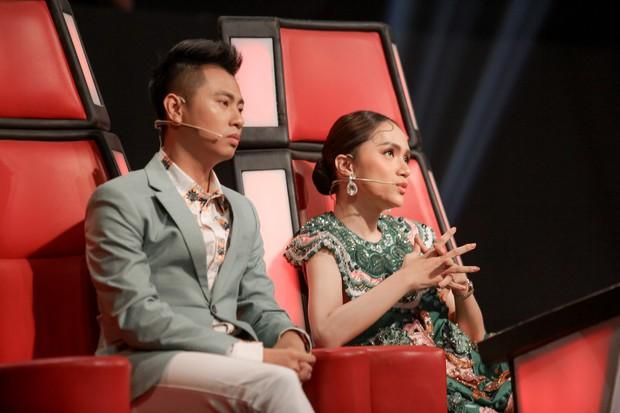 Giọng hát Việt nhí: Học trò Hương Giang chảy máu cam giữa buổi thi vẫn mang lại tiết mục xuất sắc - Ảnh 3.