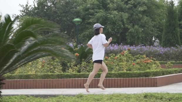 Chàng trai hoàn thành siêu kỷ lục chạy bộ 4500km xuyên Đông Nam Á xuất hiện trong show Marathon - Ảnh 4.