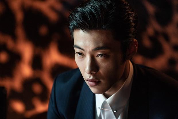 Nam thần đẹp lạ đang lên Woo Do Hwan: Có tài không ngại thử thách, được kì vọng sẽ là thế hệ diễn viên hạng A tương lai - Ảnh 12.