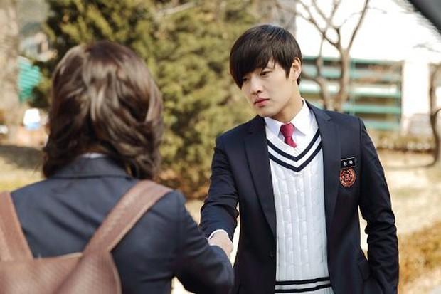 5 lần cảm nắng trai quê Kang Ha Neul, ai ai cũng muốn được anh mê một lần! - Ảnh 4.
