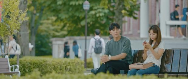 Học lỏm bí kíp cua gái của Ji Chang Wook: Hết bao nuôi đến phản sếp kêu oan cho crush ở tập 5 Nhẹ Nhàng Tan Chảy - Ảnh 8.