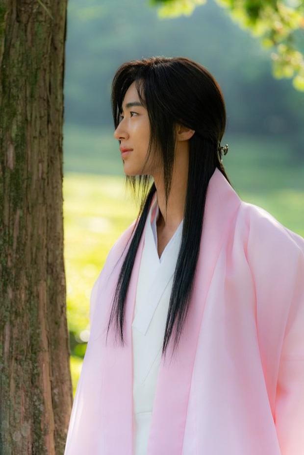 """Anh nào bồ bỏ crush chê, cầm ngay bí kíp """"thả thính"""" của Sạp Mai Mối Thời Joseon bảo đảm ai cũng mê! - Ảnh 2."""