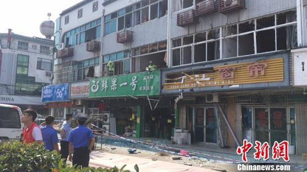 Nổ gas kinh hoàng tại quán ăn vặt khiến 9 người tử vong và 10 người bị thương, nguyên nhân vẫn chưa được tiết lộ - Ảnh 2.