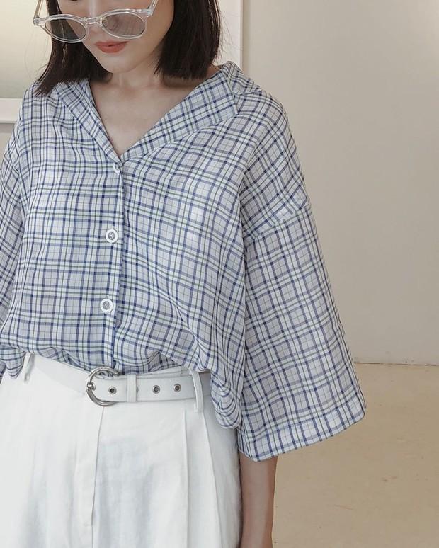 """5 mẫu áo sơ mi đang chiếm sóng Thu 2019, mau tậu gấp để """"nâng level"""" phong cách thôi các nàng công sở! - Ảnh 12."""