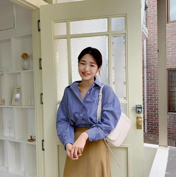 """5 mẫu áo sơ mi đang chiếm sóng Thu 2019, mau tậu gấp để """"nâng level"""" phong cách thôi các nàng công sở! - Ảnh 13."""