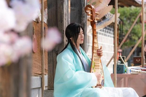 """Anh nào bồ bỏ crush chê, cầm ngay bí kíp """"thả thính"""" của Sạp Mai Mối Thời Joseon bảo đảm ai cũng mê! - Ảnh 3."""