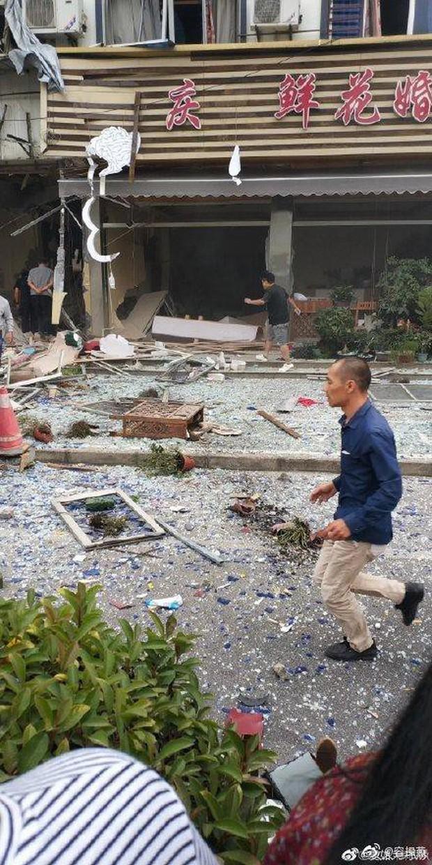 Nổ gas kinh hoàng tại quán ăn vặt khiến 9 người tử vong và 10 người bị thương, nguyên nhân vẫn chưa được tiết lộ - Ảnh 3.