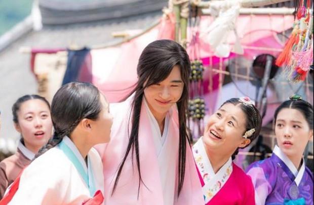 """Anh nào bồ bỏ crush chê, cầm ngay bí kíp """"thả thính"""" của Sạp Mai Mối Thời Joseon bảo đảm ai cũng mê! - Ảnh 8."""