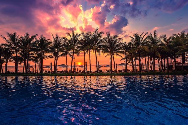 """Đông Nhi - Ông Cao Thắng """"chịu chơi"""" mời hàng trăm khách tới Phú Quốc tổ chức đám cưới, loạt resort 5 sao nổi tiếng được gọi tên! - Ảnh 7."""