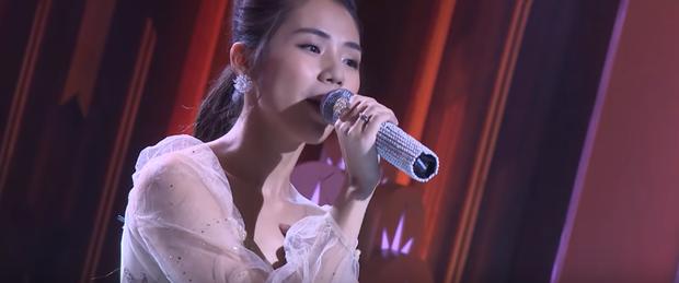 Hương Ly cover một lèo 11 bản hit trên truyền hình, có cả ca khúc lùm xùm với Erik - Ảnh 2.