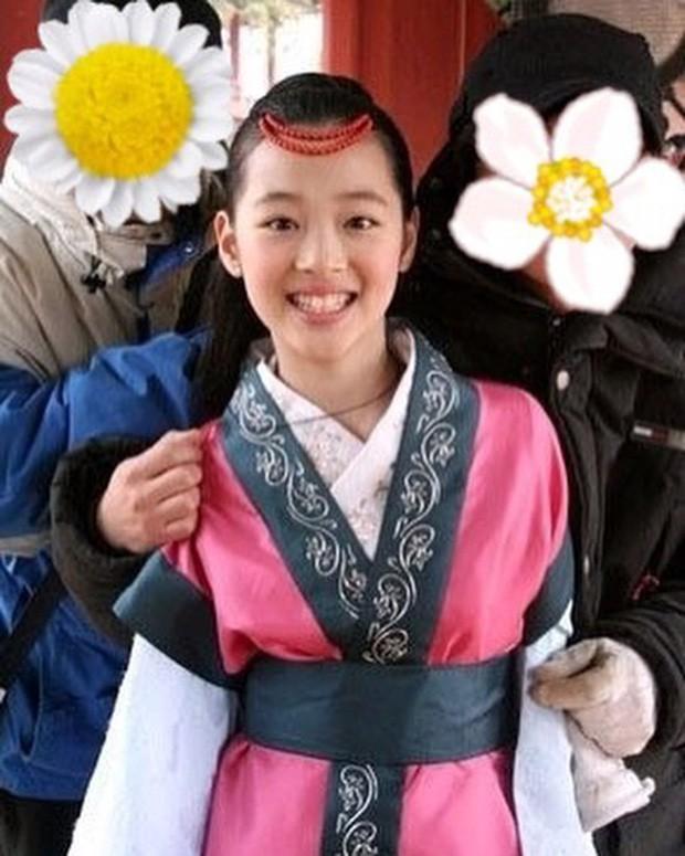 Choi Sulli: Nàng hoa lê tuyết được Lee So Man cưng chiều nhưng làm gì, yêu ai cũng chẳng bao giờ vừa mắt netizen Hàn - Ảnh 2.