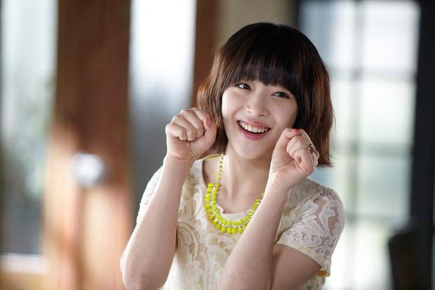 Choi Sulli: Nàng hoa lê tuyết được Lee So Man cưng chiều nhưng làm gì, yêu ai cũng chẳng bao giờ vừa mắt netizen Hàn - Ảnh 7.
