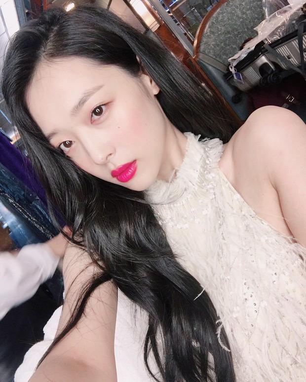 Choi Sulli: Nàng hoa lê tuyết được Lee So Man cưng chiều nhưng làm gì, yêu ai cũng chẳng bao giờ vừa mắt netizen Hàn - Ảnh 15.