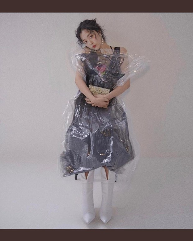 Choi Sulli và những khoảnh khắc đẹp nhất của cô gái đã từ chối nhận tổn thương thêm nữa - Ảnh 12.