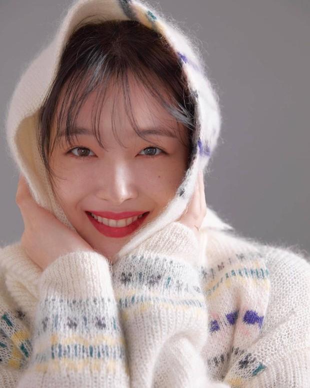 Choi Sulli và những khoảnh khắc đẹp nhất của cô gái đã từ chối nhận tổn thương thêm nữa - Ảnh 3.