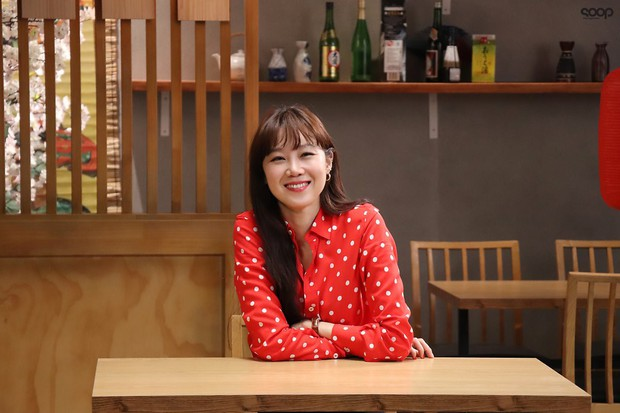 Trả đũa Kim Rae Won, chị đại Gong Hyo Jin chọn trai quê Kang Ha Neul là bạn diễn ăn ý nhất trước nay! - Ảnh 1.