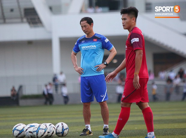 U22 Việt Nam đón tin không vui: Hoàng Đức dính chấn thương sau trận hòa 1-1 với UAE - Ảnh 7.