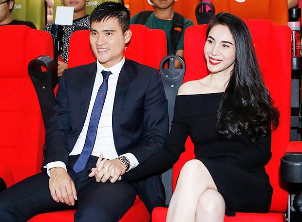 6 cặp đôi trai tài gái sắc của showbiz Việt: Đông Nhi là Á khoa, Ông Cao Thắng 12 năm học giỏi, Trấn Thành bị đuổi vì bận chạy show còn Hari luôn đứng đầu lớp - Ảnh 11.