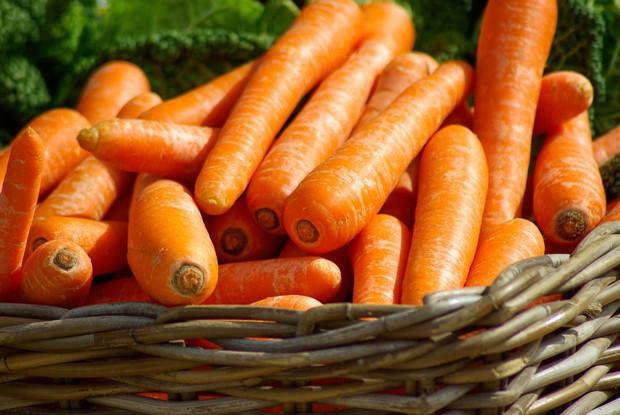 carrots-close-up-orange-37641-15710290644081911819024.jpg