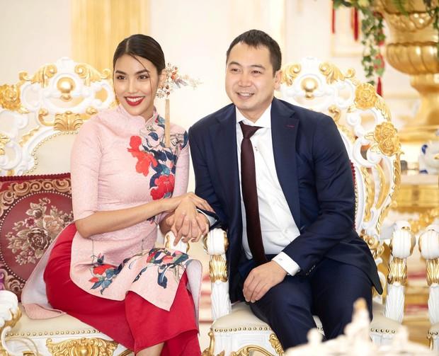 6 cặp đôi trai tài gái sắc của showbiz Việt: Đông Nhi là Á khoa, Ông Cao Thắng 12 năm học giỏi, Trấn Thành bị đuổi vì bận chạy show còn Hari luôn đứng đầu lớp - Ảnh 20.