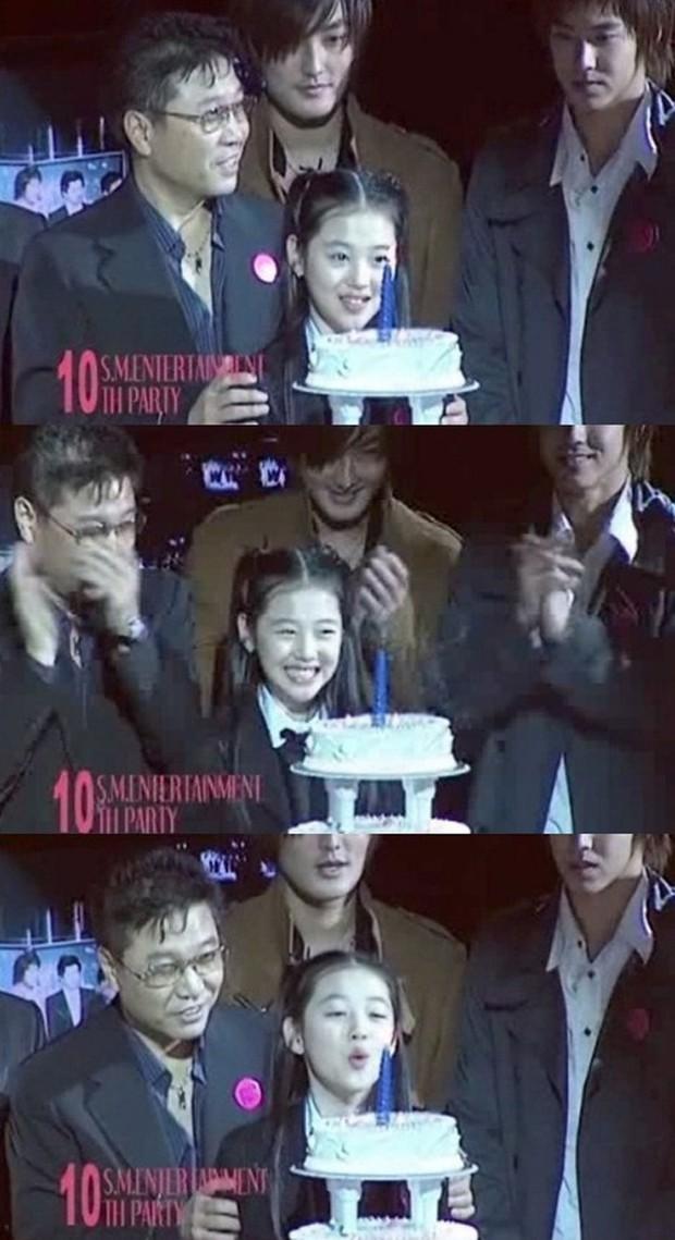 Choi Sulli: Nàng hoa lê tuyết được Lee So Man cưng chiều nhưng làm gì, yêu ai cũng chẳng bao giờ vừa mắt netizen Hàn - Ảnh 3.