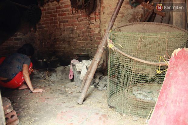 """Xót xa cụ bà 75 tuổi nuôi cả gia đình bị tâm thần và thiểu năng trí tuệ ở Vĩnh Phúc: """"Tôi khuất núi không biết các cháu sẽ ra sao"""" - Ảnh 4."""