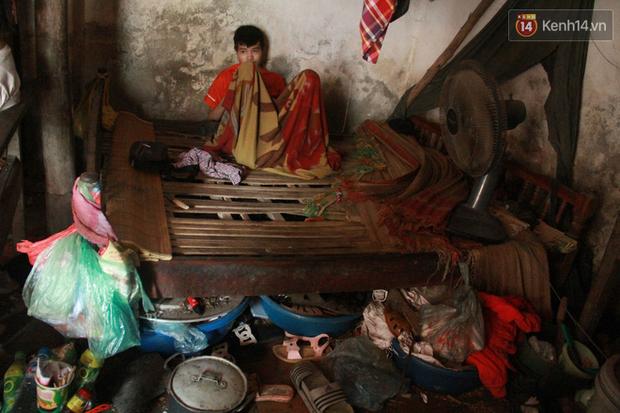 """Xót xa cụ bà 75 tuổi nuôi cả gia đình bị tâm thần và thiểu năng trí tuệ ở Vĩnh Phúc: """"Tôi khuất núi không biết các cháu sẽ ra sao"""" - Ảnh 7."""