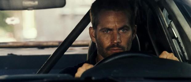 10 màn cải lão hoàn đồng đáng chú ý Hollywood: Iron Man bị chê ảo lòi, Paul Walker hồi sinh ai cũng nổi da gà xúc động - Ảnh 10.