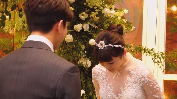 Hôn lễ cặp đôi cưới sau 700 ngày yêu: Lung linh, cô dâu lộng lẫy, Taecyeon (2PM) cùng dàn nam thần MBLAQ đến chung vui - Ảnh 8.