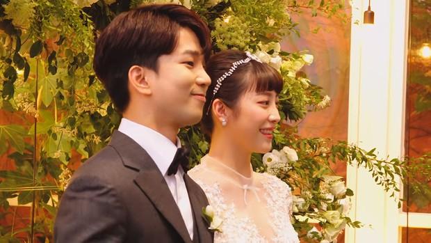 Hôn lễ cặp đôi cưới sau 700 ngày yêu: Lung linh, cô dâu lộng lẫy, Taecyeon (2PM) cùng dàn nam thần MBLAQ đến chung vui - Ảnh 10.