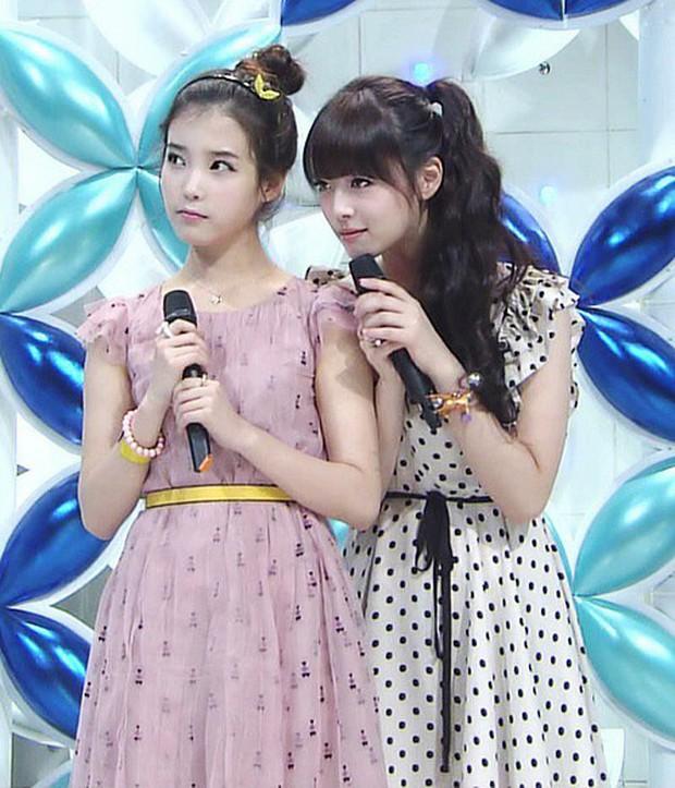 Netizen chửi bới IU sau khi Sulli qua đời, nào đâu biết nữ ca sĩ chính là bạn thân luôn ở bên Sulli mặc scandal, sáng tác rất nhiều bài hát về bạn mình - Ảnh 6.