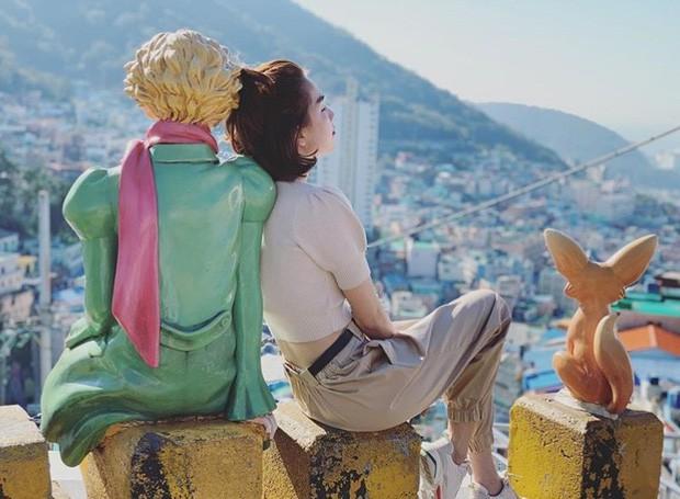 """Khi Ngọc Trinh làm vlog du lịch: đưa cả ekip hùng hậu sang Hàn Quốc, nhưng quay """"mòng mòng"""" 80 lần không đọc được tên địa danh - Ảnh 2."""