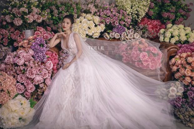 Lộ diện 6 chiếc váy cưới của Đông Nhi, chưa hết trầm trồ về độ lộng lẫy đã phải choáng khi biết cô chơi tới 10 bộ cả thảy - Ảnh 4.
