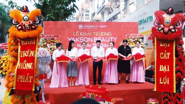 Yakson Beauty tưng bừng khai trương chi nhánh thứ 10 tại Quận 7, Hồ Chí Minh - Ảnh 1.