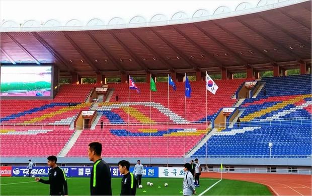 Son Heung-min và đồng đội bị Triều Tiên cầm hòa trong trận đấu không có khán giả, không phát sóng trực tiếp - Ảnh 2.