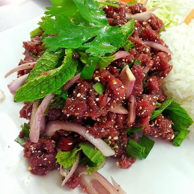 Vẫn biết đi chơi là chính, ăn là chủ yếu nhưng hãy cẩn thận với mấy món ăn kinh dị có thể gây chết người này ở Thái Lan - Ảnh 3.