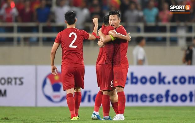 Xuân Trường khóc như mưa vì thua tức tưởi Indonesia, tuyển Việt Nam quyết trả đủ nợ nần - Ảnh 2.